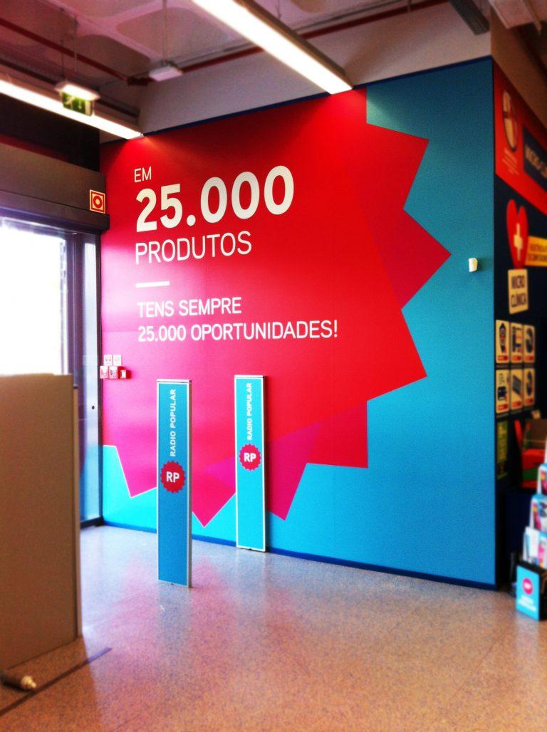 Entrada loja Radio Popular