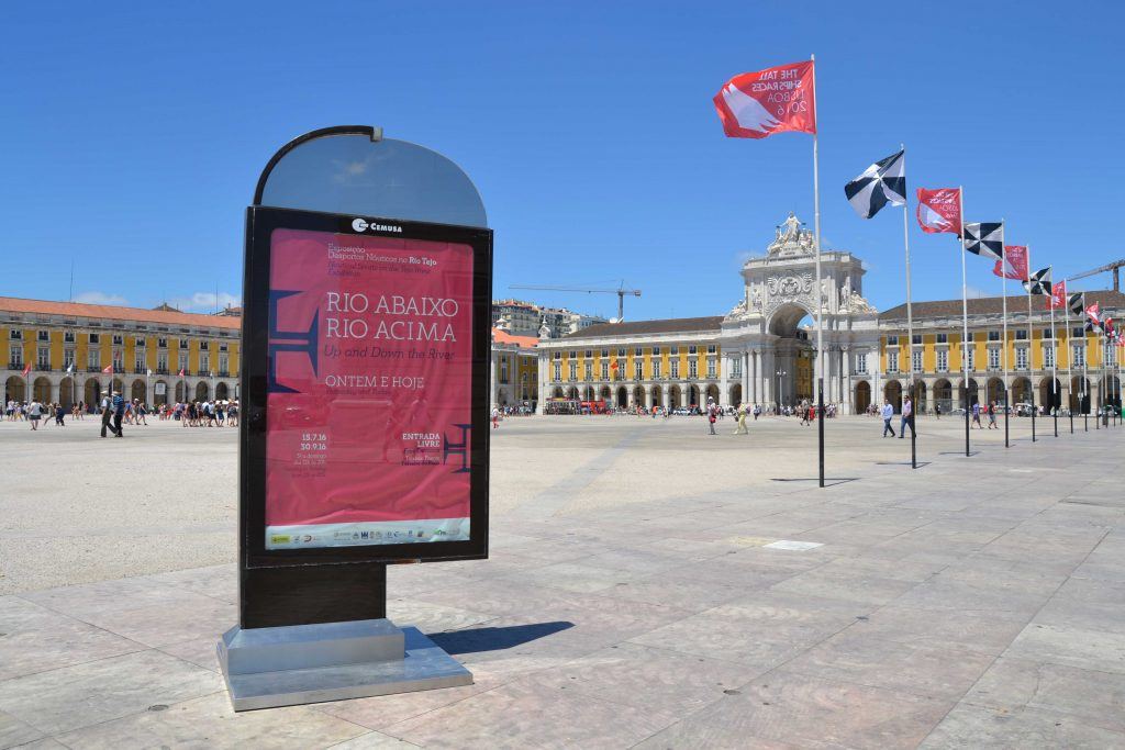 Mupi Câmara Municipal Lisboa